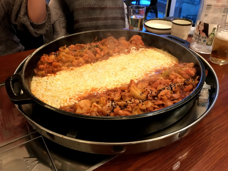 Dak-galbi with cheese